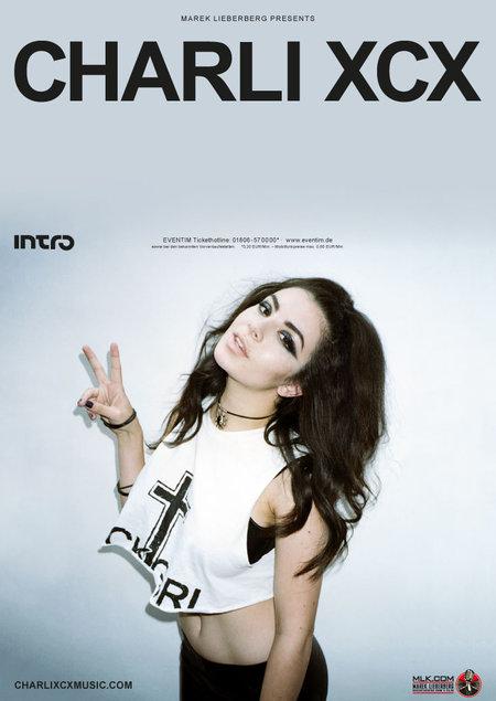 Charli XCX: Live 2013