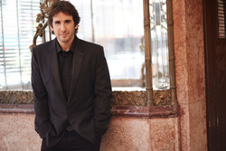 012614 josh groban extralarge 1412018323970 approved photo small