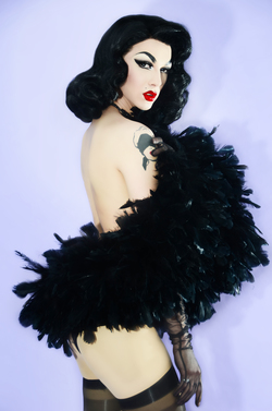 Violet chachki small
